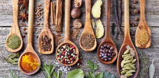 monsoon diet herbs spices natural remedies healthy