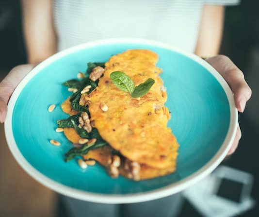 high-protein-breakfast-recipe-sprouts-omelette